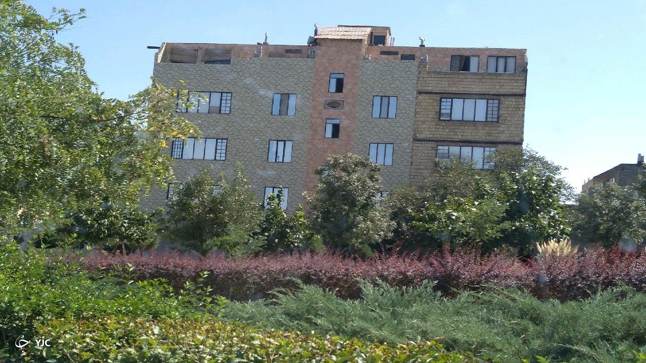 حاشیه نشینی جدید این بار بر فراز پشت بامها در مشهد!