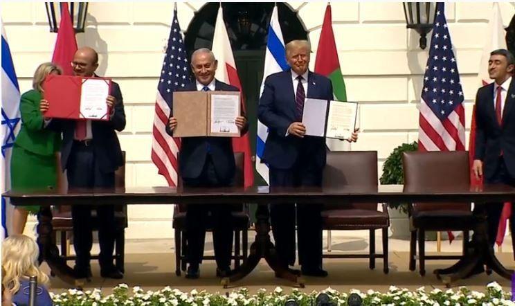 امضای توافق عادیسازی روابط با رژیم اشغالگر صهیونیستی در کاخ سفید