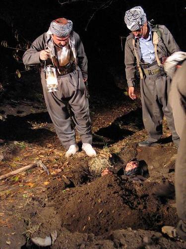 سمیه کردستان چگونه به دست منافقین به شهادت رسید؟