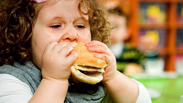 علائمی که می تواند زنگ هشدار دیابت در کودکان باشد