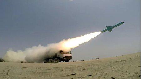نشنال اینترست: موشکهای ایران میتوانند روزگار ارتش آمریکا را سیاه کنند