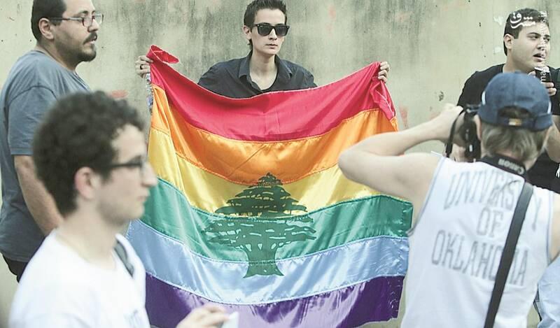 امیر عاشور کیست و پروژه «ترویج همجنسبازی» در عراق را چگونه اجرا میکند؟ + تصاویر