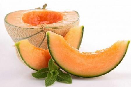 آب بدن خود را با مصرف این میوه تامین کنید