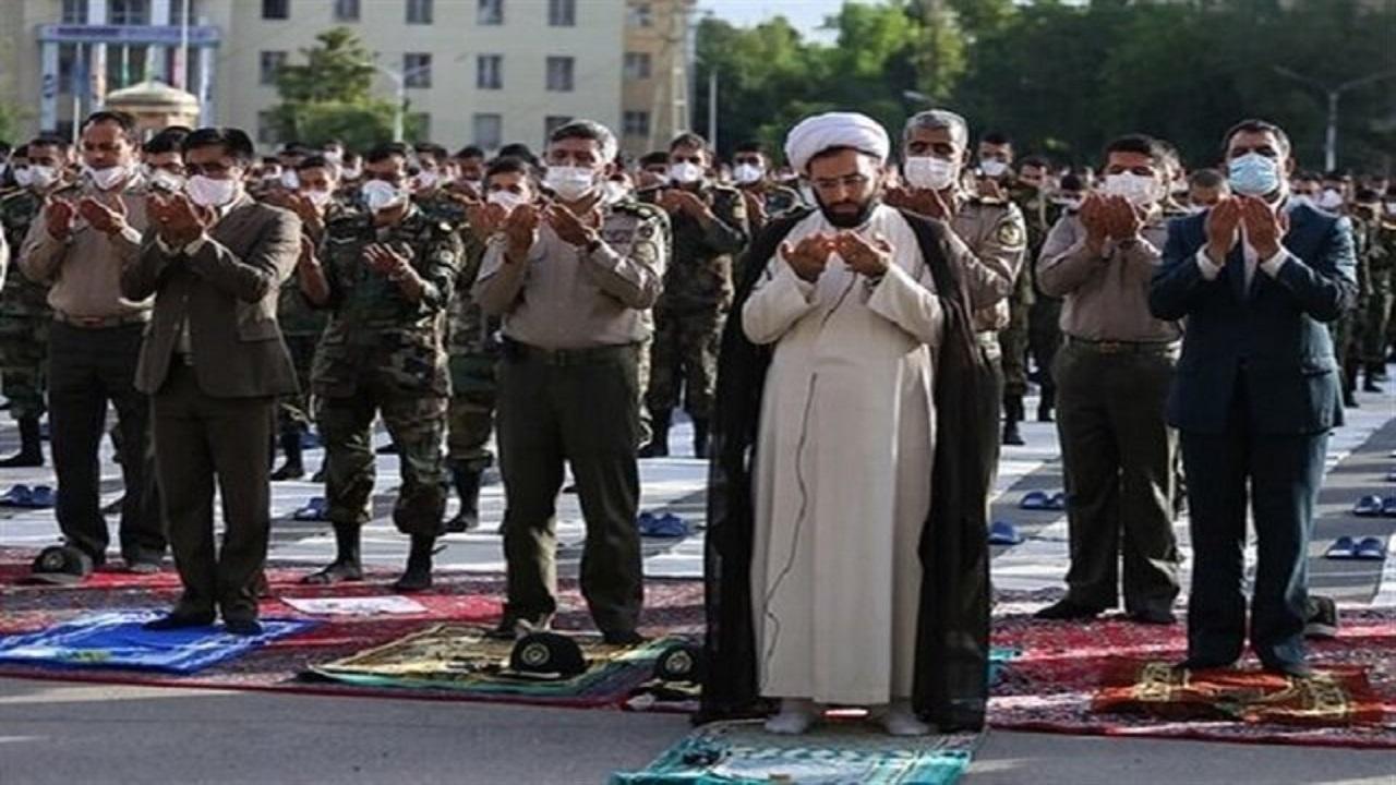 اقامه نماز ظهر عاشورا در یگانها و کویهای سازمانی ارتش