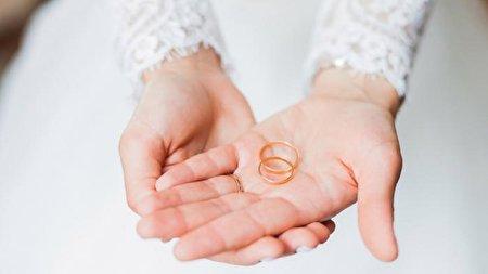 اقدام عجیب سارق حلقه ازدواج، ۵ روز قبل از عروسی زوج جوان