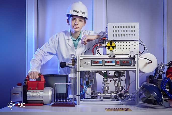 نام نوجوان ۱۲ ساله پس از ساخت رآکتور هستهای خانگی در کتاب گینس ثبت شد+ تصاویر