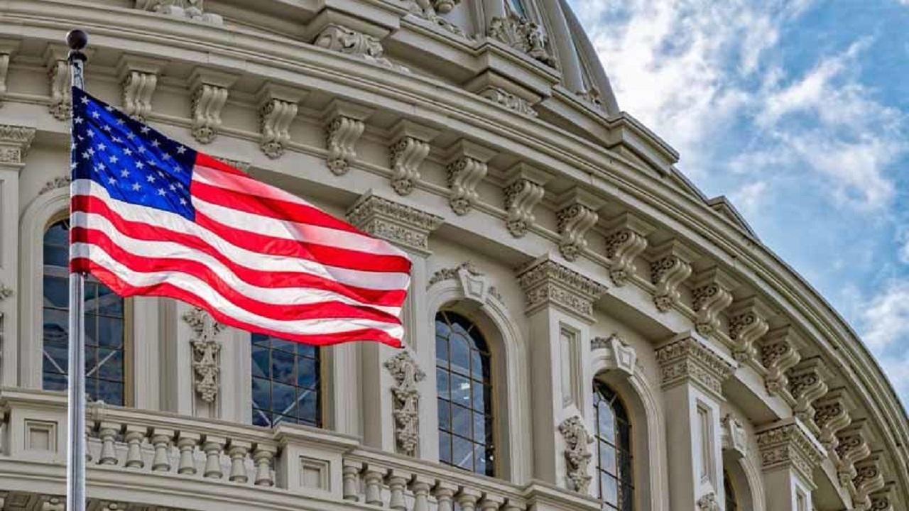 تحریم های جدید آمریکا علیه ایران چه اهدافی را نشانه گرفته است؟/ تحریمهای جدید علیه بانکهای ایرانی  چه تاثیری بر شرایط اقتصادی ایران دارد؟