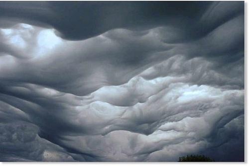 تصاویر دیدنی از عجیب و غریبترین ابرها