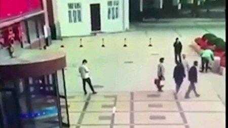 مرگ عجیب یک مرد بر اثر سقوط زنی روی سرش!