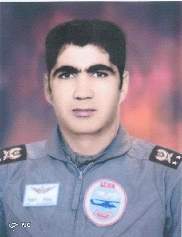 فرمانده اولین گروه پروازی ایران در دفاع مقدس که بود؟