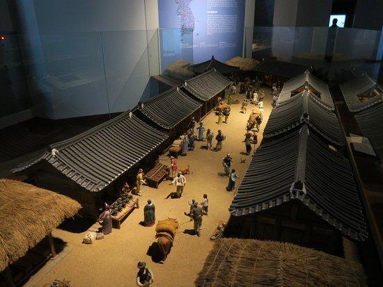 با سرزمین پارک مدرن و خانههای سنتی کره آشنا شوید