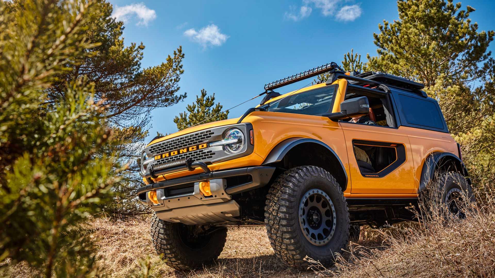 فورد خودرو Bronco 2021 را با امکان حذف شیشه جلویی معرفی کرد
