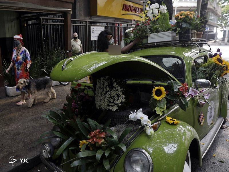 تبدیل خودروی شخصی به گل فروشی