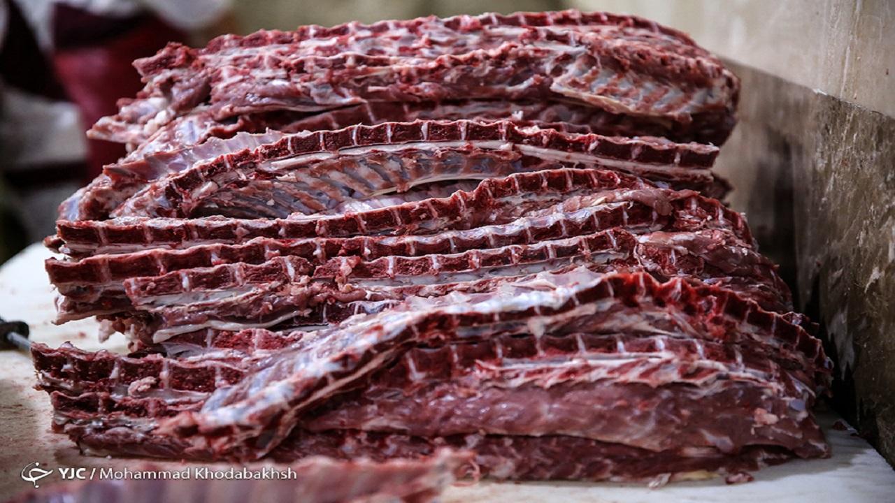 12767066 108 » مجله اینترنتی کوشا » نوسان قیمت گوشت در ماههای آتی/ قیمت هر کیلو شقه گوشفندی ۱۰۸ هزار تومان شد 1