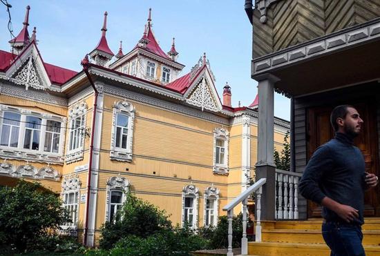 معماری منحصربهفرد خانههای چوبی در سیبری