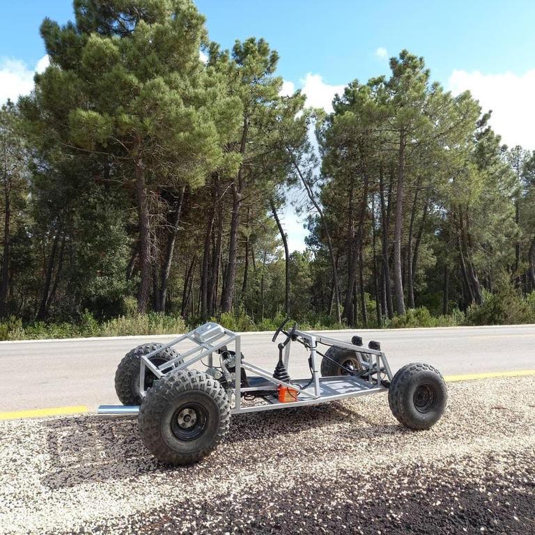 خودروی مسابقه عجیبی که جوان تونسی اختراع کرد