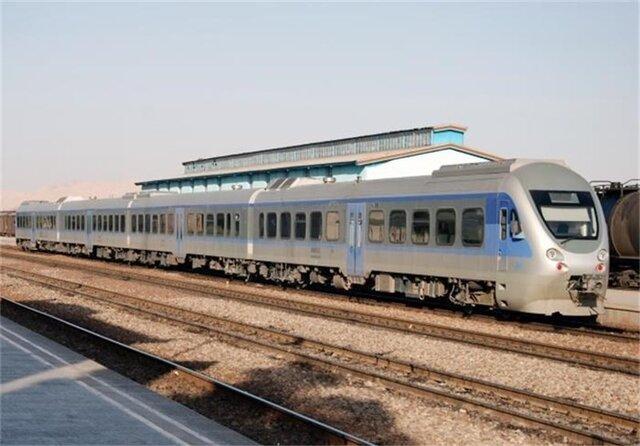 ستاد مقابله با کرونا برای حرکت قطارها ممنوعیتی ابلاغ نکرده است