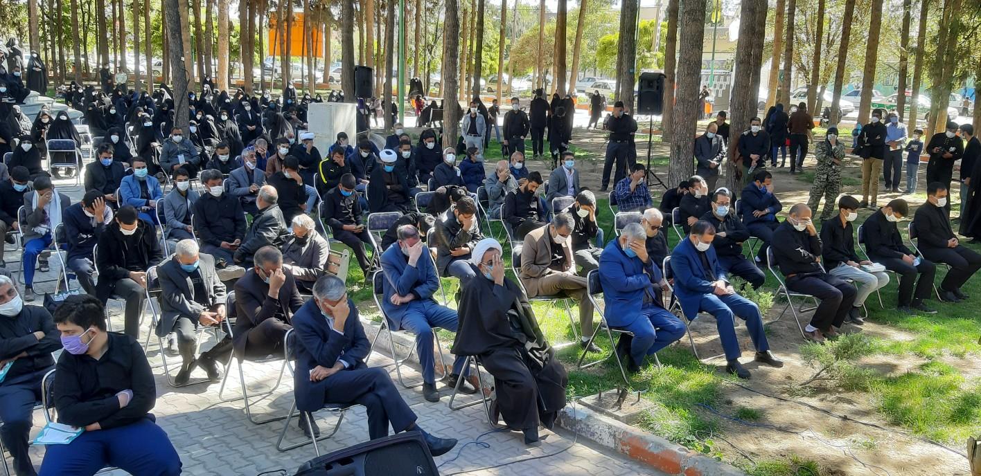 مراسم تشییع و تدفین پیکر مطهر شهید رسولی پورفریدونی