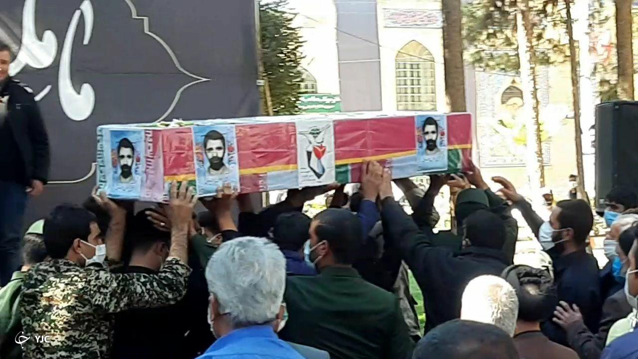 تشییع پیکر شهید رسولی پورفریدونی