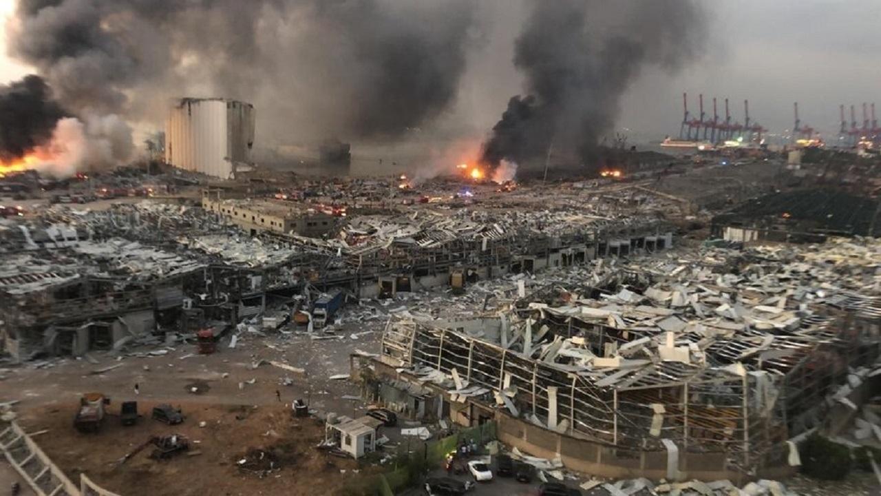 برگزاری تجمع اعتراضآمیز لبنانیها در مقابل بندر بیروت