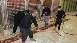تصاویری از غباری روبی حرم حضرت عباس(ع) پس از دوماه عزاداری