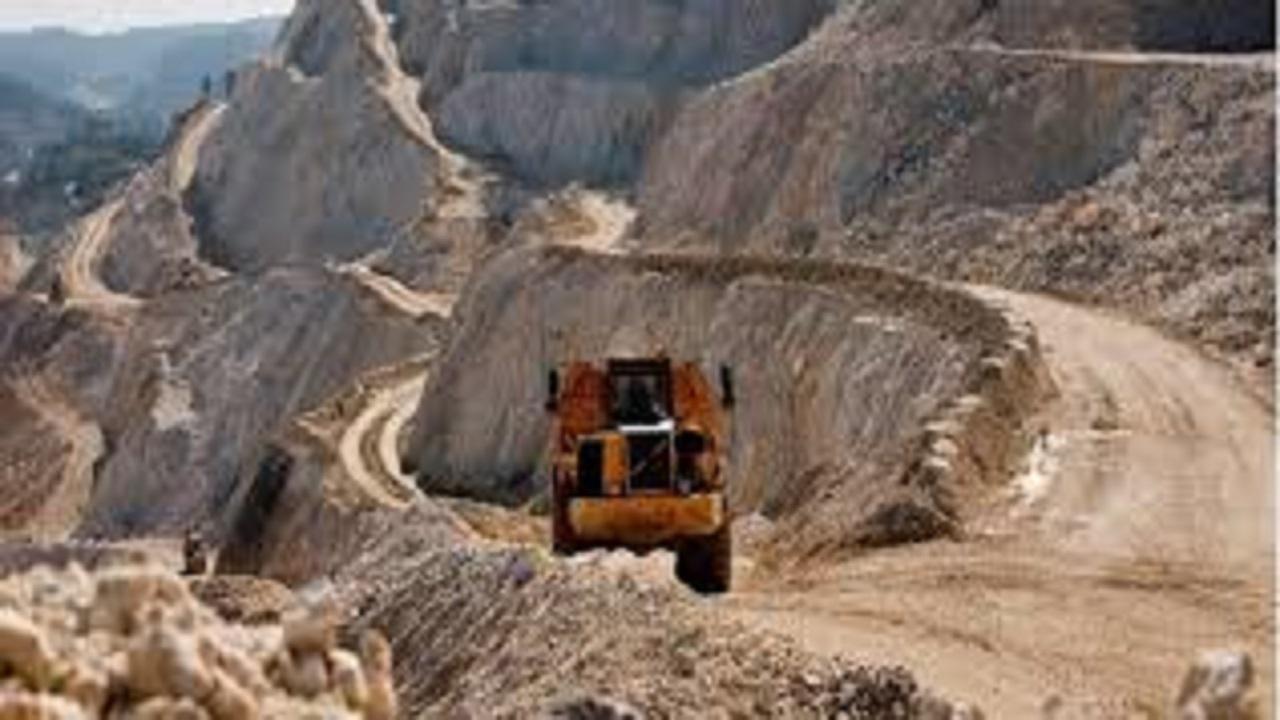 برنامه ریزی برای بازگشت 4 هزار و 500 واحد معدنی به چرخه تولید