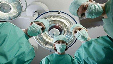 نجات یک بیمار از خطر انفجار معده/ صحنه عجیبی که پزشکان با آن مواجه شدند! + عکس
