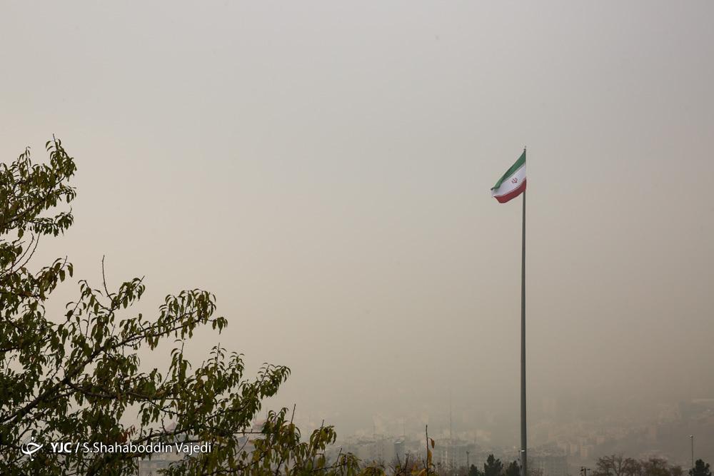 چرا تهران با تعطیلی مدارس همچنان آلوده است؟ / آلودگی هوا تراژدی هر ساله پایتخت