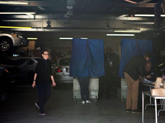 عجیب ترین حوزه های رای گیری در آمریکا