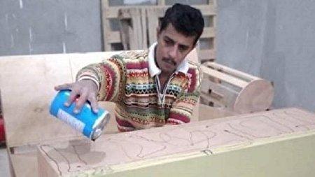 جوان یمنی معلول با ایده ای کارساز زندگی اش را دگرگون کرد