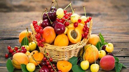 میوهای که به خواب منظم و کاهش وزن شما کمک میکند