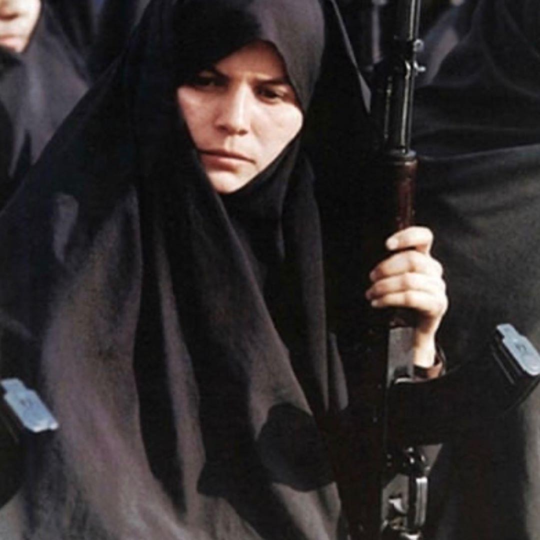 جنگ چهرهی زنانه هم دارد + عکس
