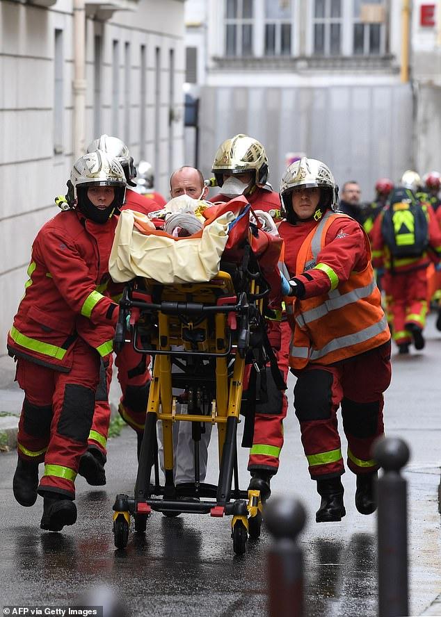 وقوع حملهای با سلاح سرد نزدیک دفتر سابق نشریه شارلی ابدو پاریس