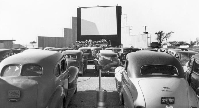 سینمایی که جا ماند/هر چه ترفند بود پیاده شد، ولی سینما جان نگرفت