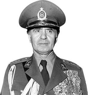 خاندان پهلوی با صدام در دوران جنگ چه روابطی داشتند؟