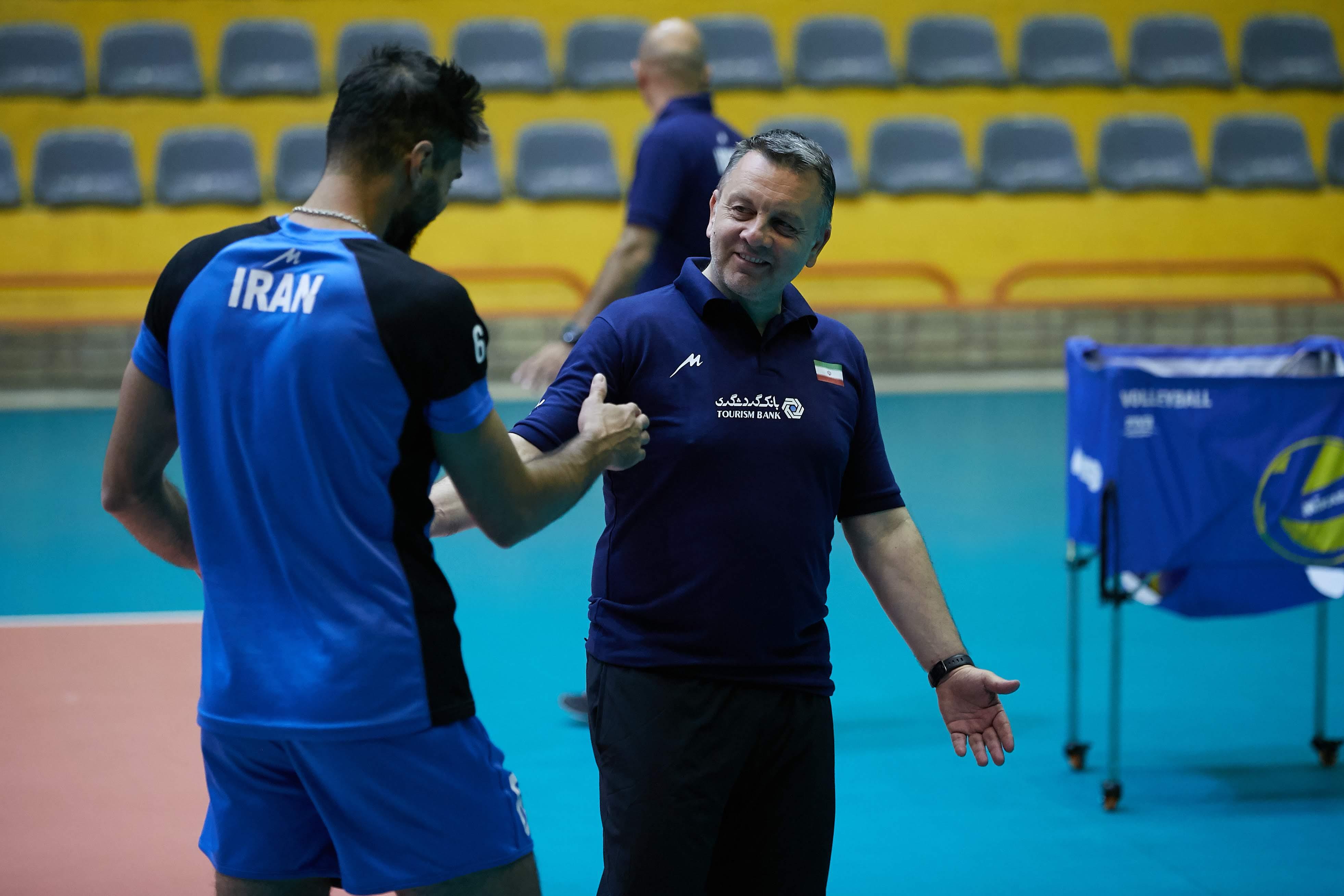 کولاکوویچ: ایرانیها ملت بافرهنگی هستند/ کوبیاک اشتباه کرد
