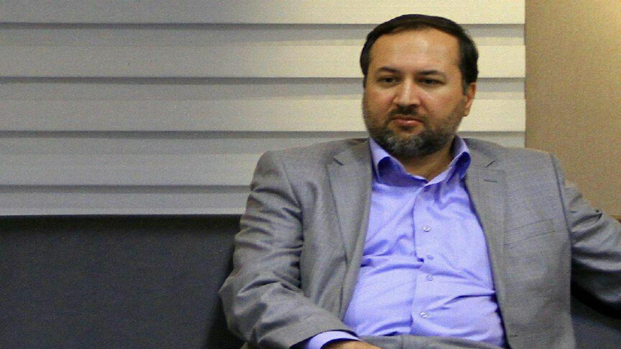 دوتابعیتی بودن رزم حسینی احراز نشده است/ وزیر پیشنهادی صمت مدیر پشت میزنشین نیست