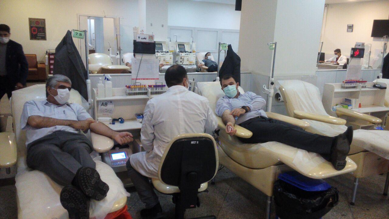 شاخص اهدای خون در کشور ۲۵ در هزار نفر است/اعتبار سازمان انتقال خون تنها ۷۰۰میلیارد تومان است