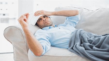 کاهش تب با ۴ درمان خانگی و طبیعی
