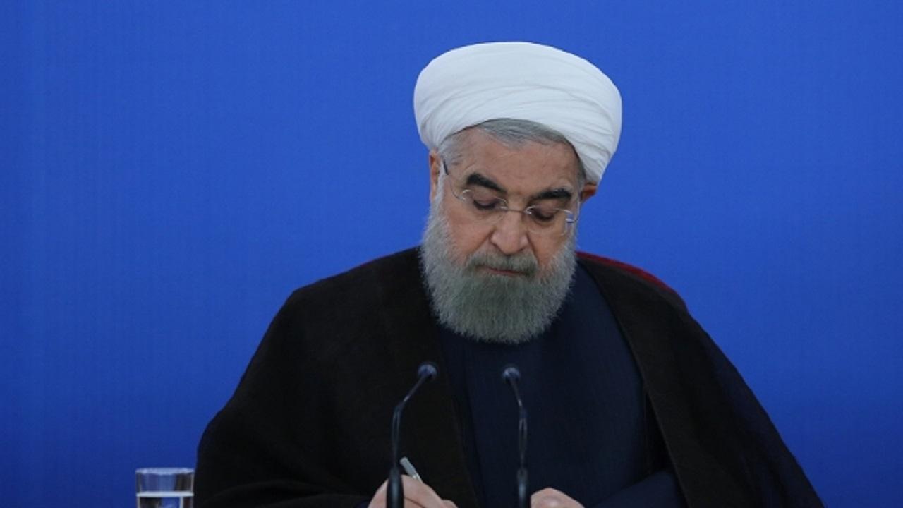 روحانی درگذشت مادر شهیدان کردگاری را تسلیت گفت