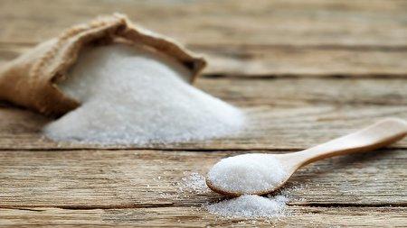 ارتباط عجیب و باورنکردنی مصرف شکر با عصبانیت/ بلاهای وحشتناکی که این ماده شیرین بر سرتان میآورد