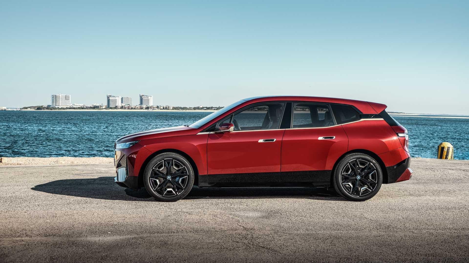 خودرو کاملا الکتریکی BMW معرفی شد