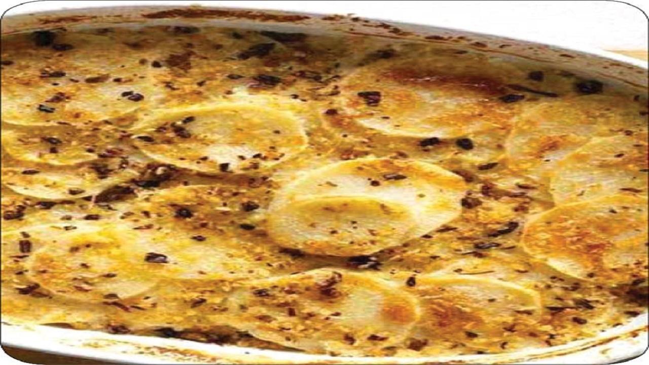 آموزش آشپزی؛ از همبرگر شکم پُر با پنیر و خوراک چاودر مرغ و سیب زمینی تا خیارشور یک روزه و فوری + تصاویر