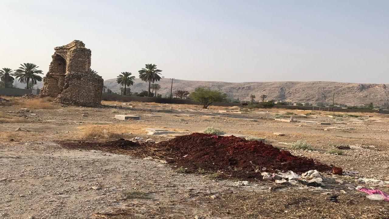 ریختن زباله در صحرای تاریخی پوشنج