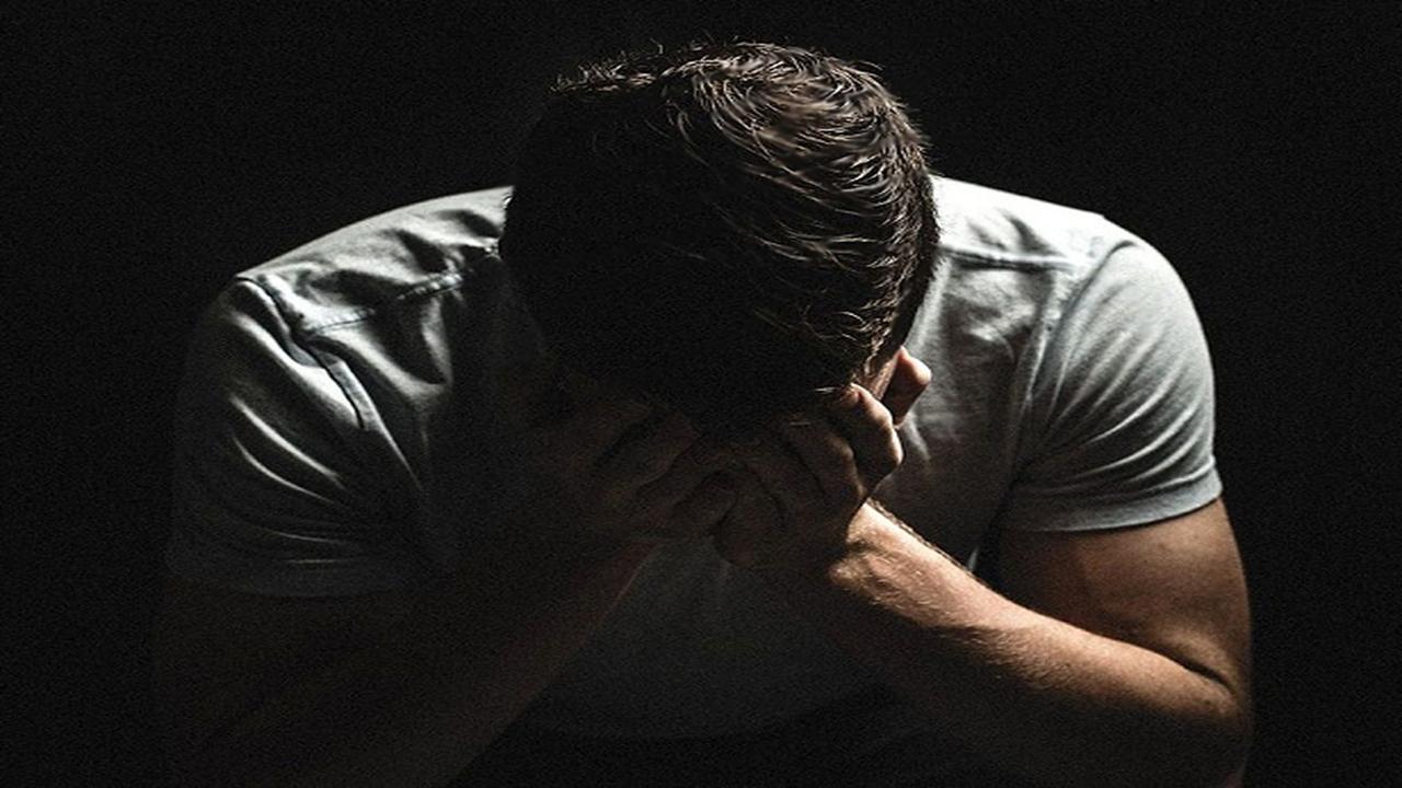مرد میانسال: نگاههای شیطانی یک زن و بی بندوباریهای اخلاقی مرا به گرداب بدبختی انداخت