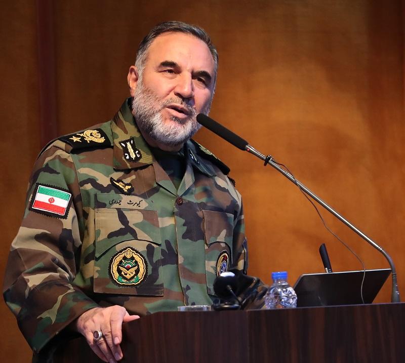 قدرت دفاعی نیروهای مسلح پشتوانه امنیت ملی است