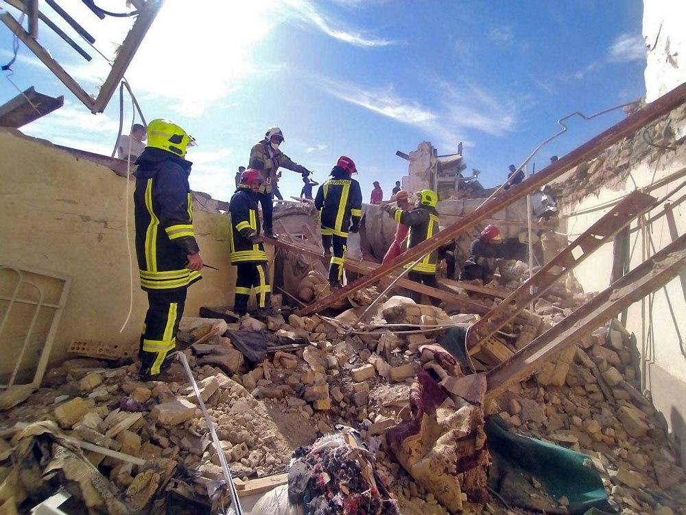 ریزش ساختمان دو طبقه مسکونی در مشهد