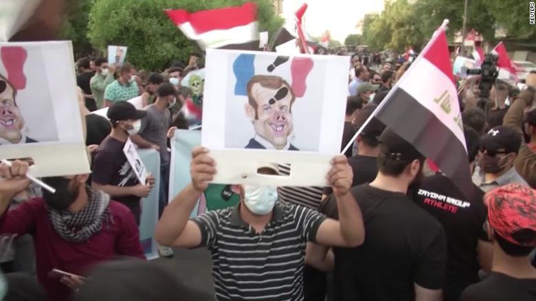 سی ان ان: گسترش تحریم کالاهای فرانسوی در کشورهای اسلامی
