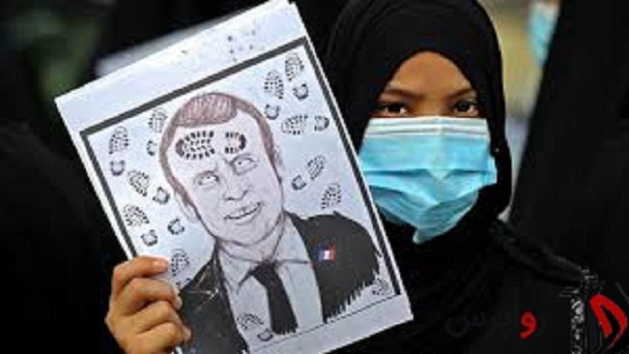 پاسخ پرشور شهروندان عرب به اسلامستیزی امانوئل مکرون