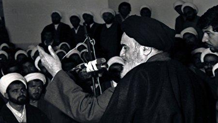 امام خمینی (ره) برچه مبنایی به طلاب شهریه پرداخت می کردند؟
